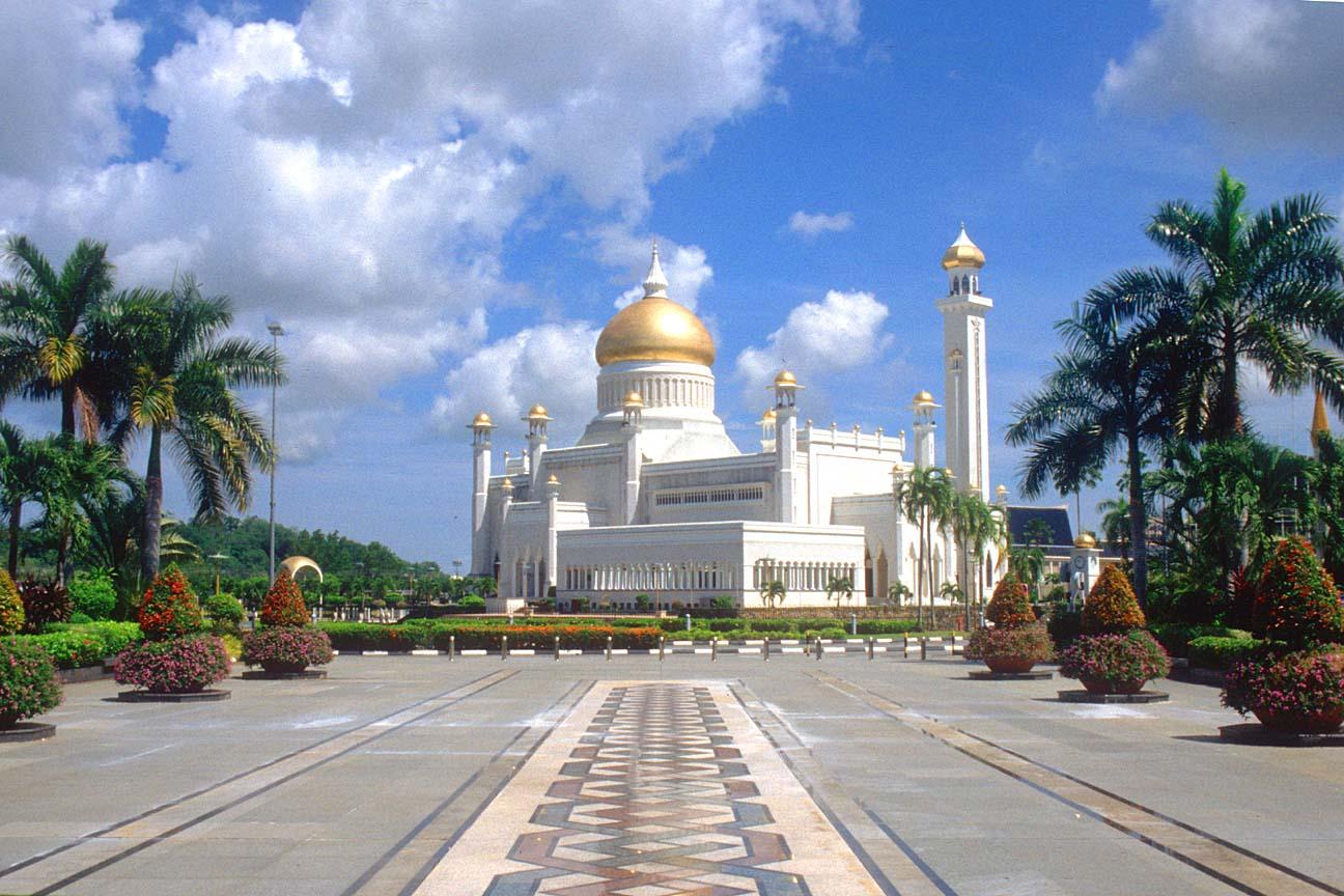 BWN20Brunei20Bandar20Seri20Begawan20Omar20Ali20Saifuddien20Mosque20b - Beautiful Mosque